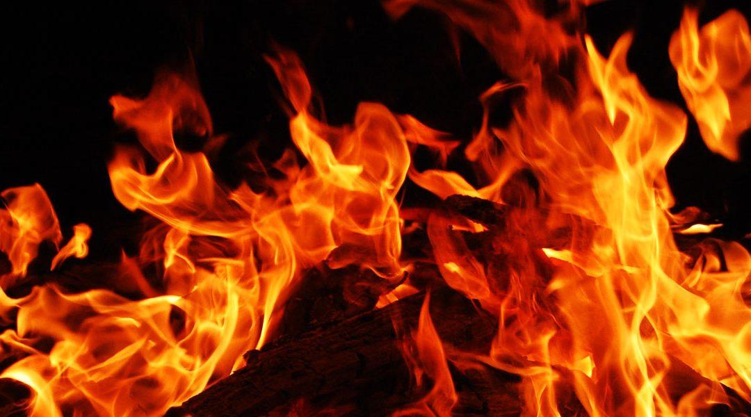 Elden sprider sig!