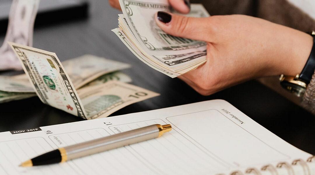Vecka 4: Gör en budget